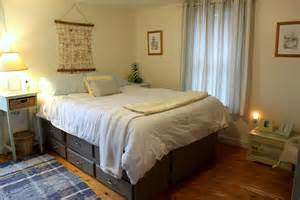 clean bedrooms quardecor clean and reved room