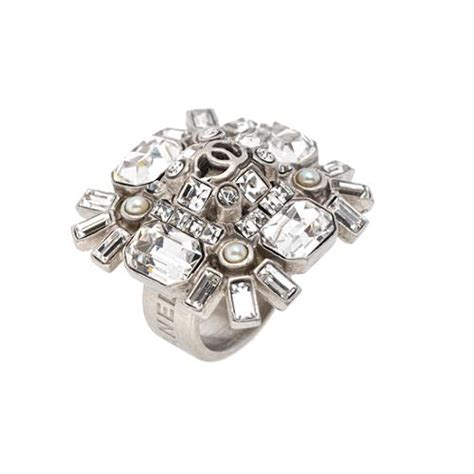 chanel snowflake jeweled ring