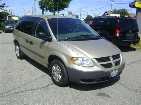 service manual how to change a 2006 dodge grand caravan rear wheel bearing 2000 dodge grand