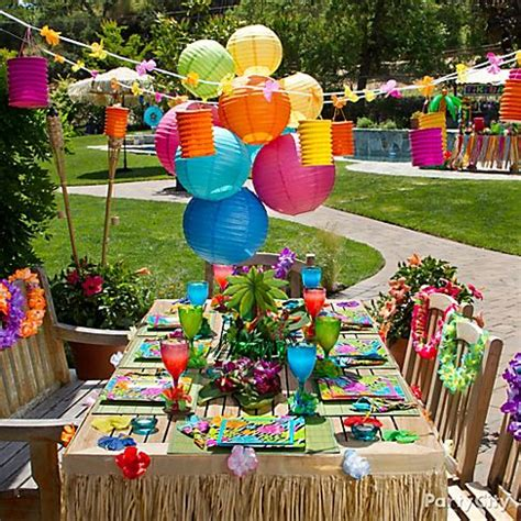 hawaiian table decorations ideas luau party ideas and inspiration purpletrail