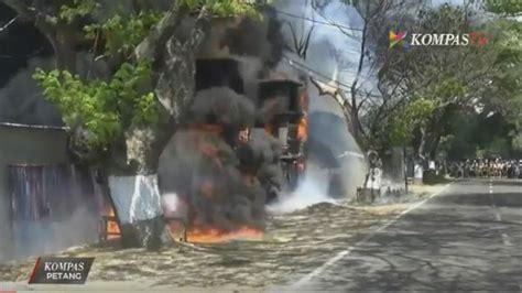 Karet Di Pabrik Pabrik Karet Di Pasuruan Ludes Terbakar Tribunnews