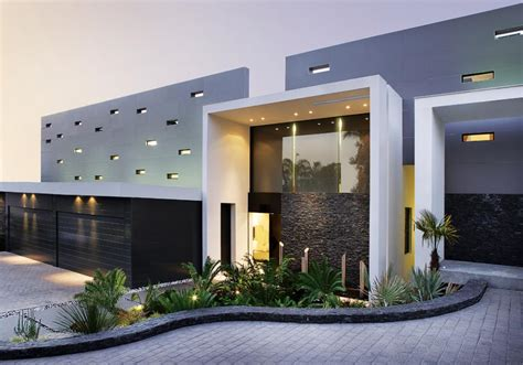U Shaped House Plans With Pool In Middle by Fachadas Contempor 226 Neas Maravilhosas