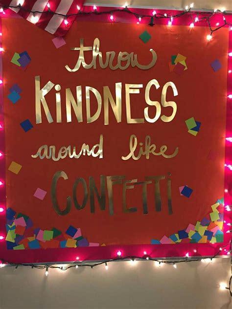 lights bulletin board elementary classroom decor ideas for 20