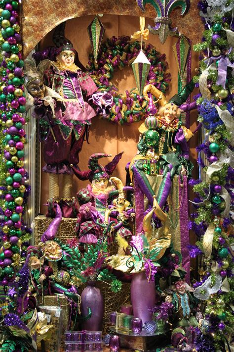 Beads & Bling…It's A Mardi Gras Thing! | Shinoda Design Center Laissez Les Bons Temps Rouler