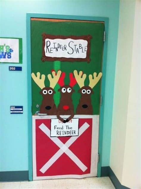 religious christmas door ideas 14 awesome photos religious classroom door ideas door door decorating ideas