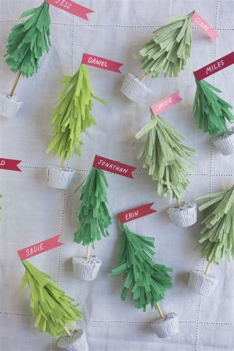 crepe paper christmas tree name cards diy christmas