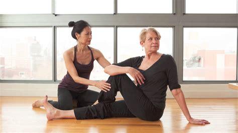 yoga tutorial spanish home balance yoga lounge ankeny ia