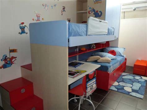 letto soppalco scrivania battistella cameretta klou xl soppalco con 3 letti