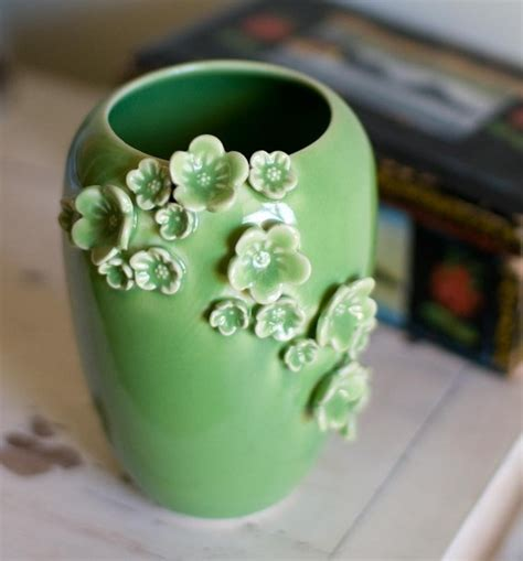 ceramics white ceramics and bags on pinterest learn more about the world of pottery beautiful art