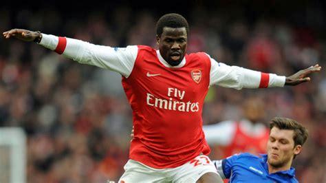 arsenal eboue emmanuel eboue would love arsenal return football news