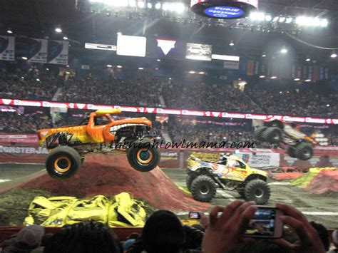 what time is the monster truck show famliy fun at the monster jam monster truck show the