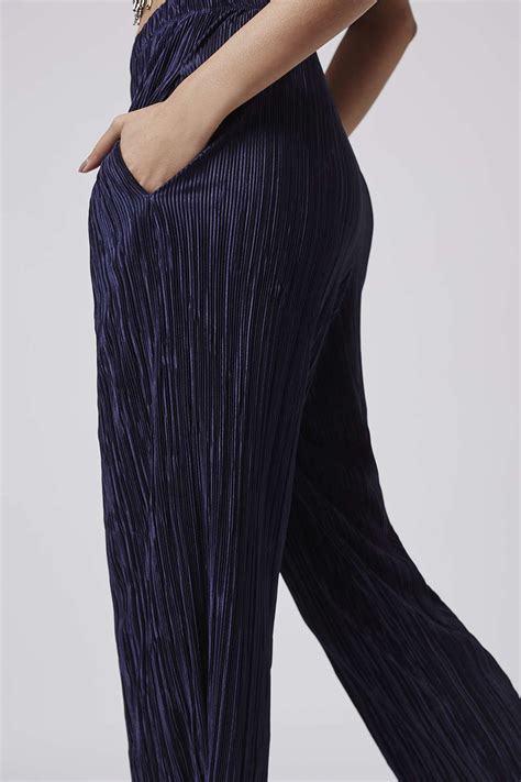 Topshops Flood Length Cropped Trouser by Topshop Pleated Awkward Length Trousers In Blue Lyst