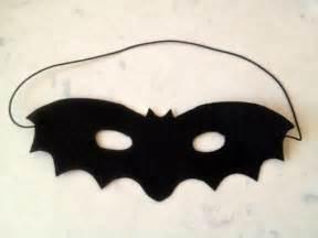 make a halloween mask easy felt bat mask my kid craft