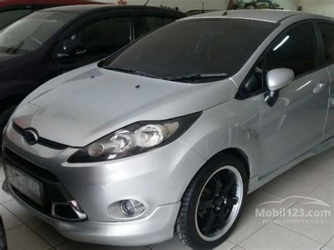 ford 2011 1 4 trend matic jual mobil ford 2011 trend 1 4 di jawa barat