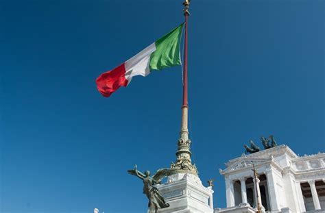 barclays italia cnp partners culmina la compra negocio asegurador de