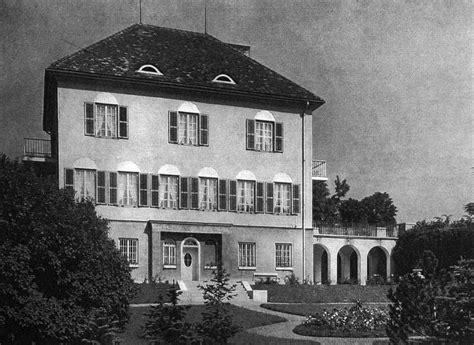 Wasserläufe Im Garten 1923 by In Hietzing Gebaut Villa Blum