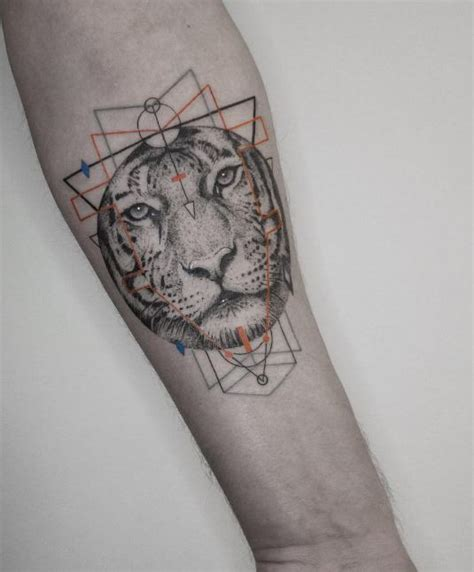 small lion tattoo inkstylemag