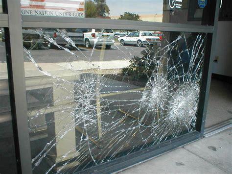 broken glass repair storefront doors store front glass repair services