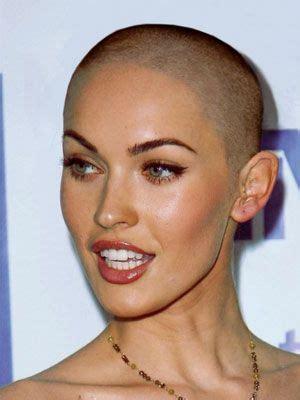 bald head round face black woman capelli rasati tendenze donna per il 2016 glamour it