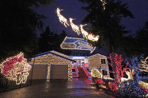 seahawks house neighbors force seahawks christmas lights house to go dark bso