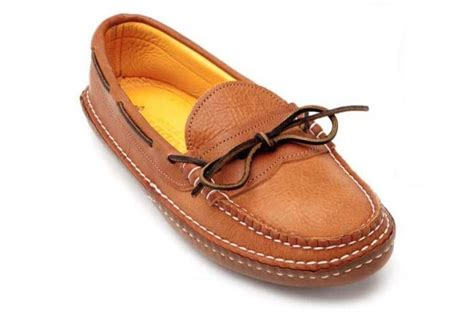 Handmade Moccasins Maine - quoddy put on your