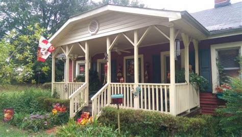 bed and breakfast athens ga the chicken coop bed n breakfast updated 2017 b b