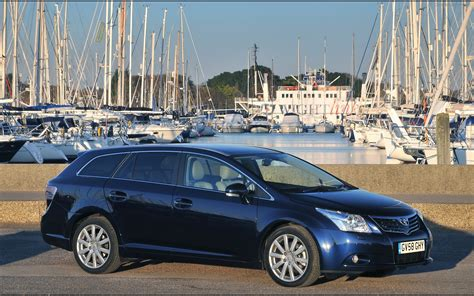 Toyota Line Up Toyota Expands Engine Line Up For New Avensis Widescreen