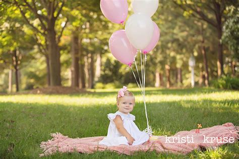 1000 images about 1st bday photo shoot ideas on pinterest 1st baby girl s first birthday photo shoot ideas photography