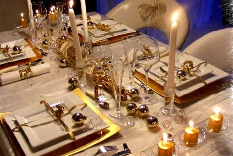 Christmas Dining Room Table Decorations How To Do Decorating Ideas For Christmas Tables Home