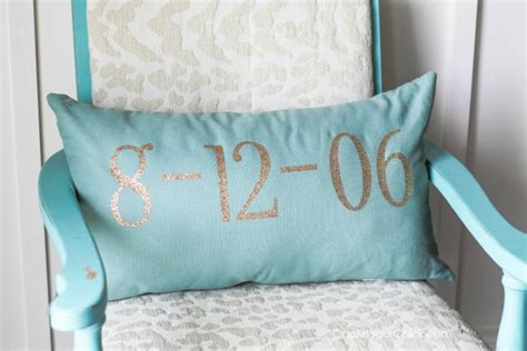 Wedding Date Pillow by Wedding Date Pillow In 15 Minutes Onekriegerchick