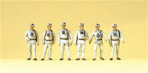 Preiser 10555 Miners working miners with masks model railroad figures ho scale 10555 by preiser 10555
