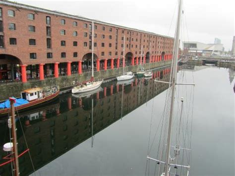 express liverpool photo1 jpg picture of inn express liverpool