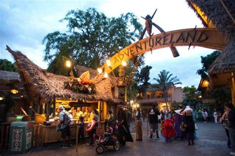 Tiki Hut Disneyland by Disneyland Restaurant Review Tiki Juice Bar Orange
