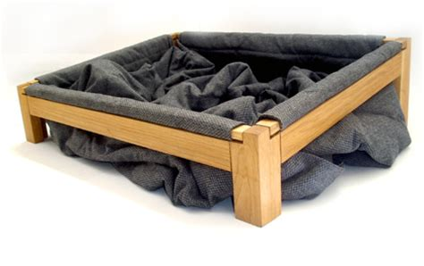 dog bed stuffing dog bed so they can dig around in the blankets and get comfy washable and no stuffing