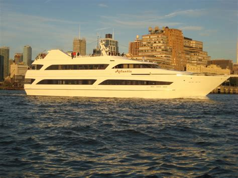 luxury boat cruise nyc luxury yacht charter the atlantis new york cruises