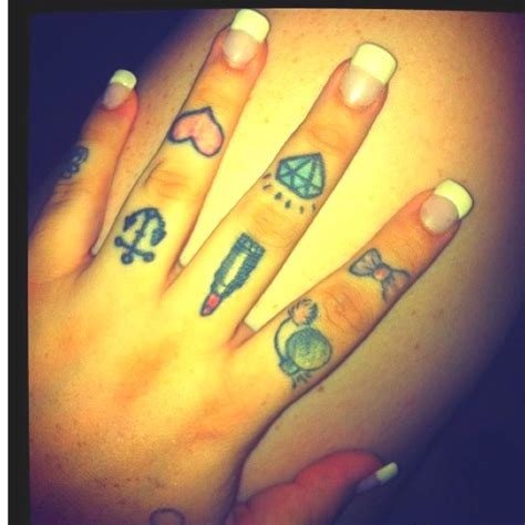 these are so but i don t want finger tatts words on