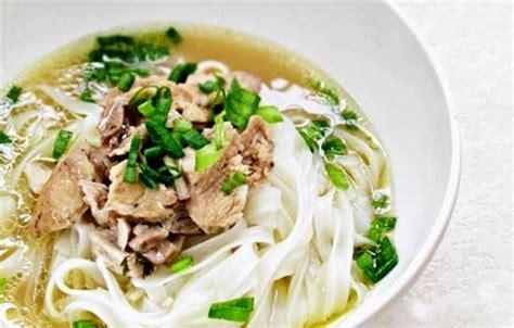 membuat kuah mie ayam lezat resep cara membuat kwetiau kuah spesial lezat makanajib com