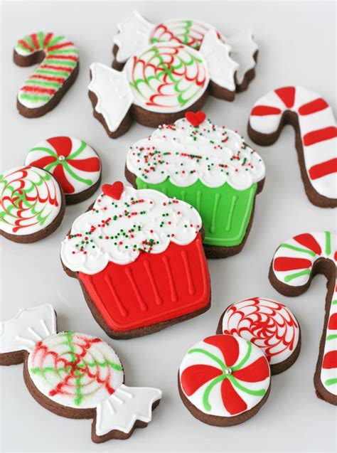 pictures of decorated christmas cookies using royal icing decorated cookies glorious treats