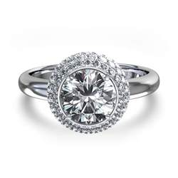 daimond ring halo engagement ring in 14k white gold