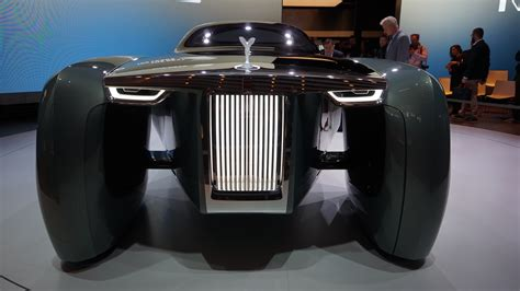 rolls royce vision 100 this driverless rolls royce concept car looks like a