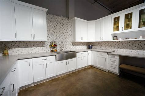 white shaker kitchen cabinets antique white cabinets