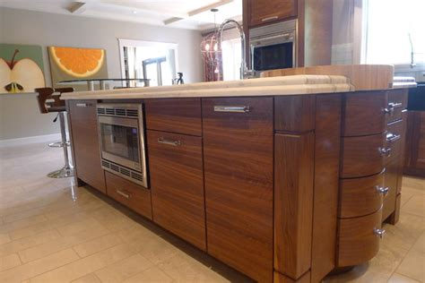 Horizontal Grain Kitchen Cabinets Walnut Horizontal Grain Kitchen Contemporary Kitchen Indianapolis By Susan Brook Interiors