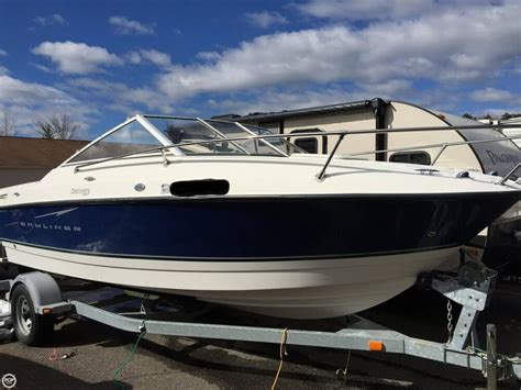 bayliner capri boats reviews bayliner 192 discovery video boat review boats
