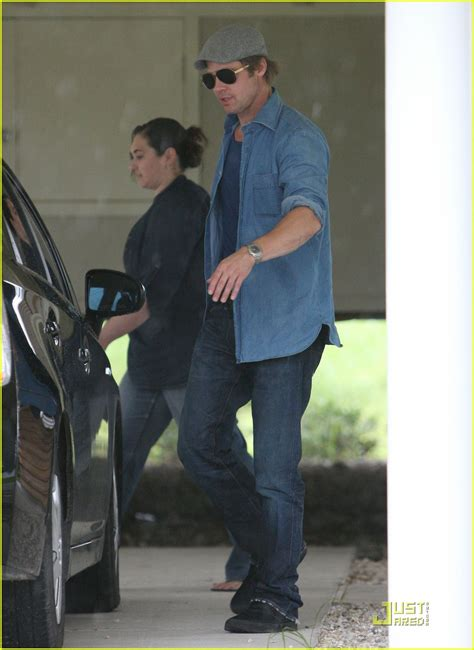 Background Check New Orleans Sized Photo Of Brad Pitt Checks Up New Orleans 17 Photo 2475887 Just Jared