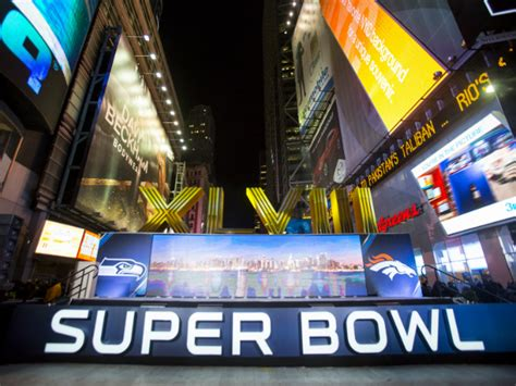 Superbowl Fever Is Here by Nfl Bowl Fever Consumes Big Apple Sports Gma