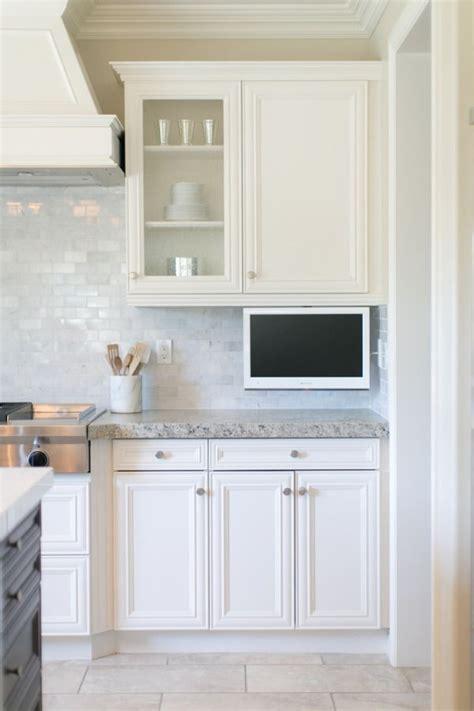 Tv In Kitchen by Best 25 Tv In Kitchen Ideas On Wine Cooler