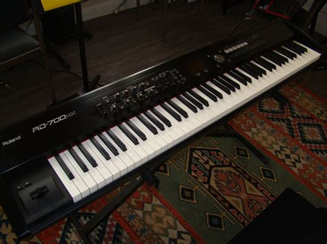 Keyboard Roland Rd 700nx roland rd 700nx image 470773 audiofanzine