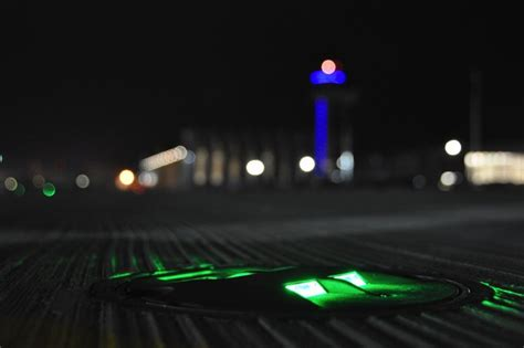 what color are taxiway lights airport runway light colors