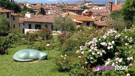 allestire giardino allestire giardino primavera dieci giardini di firenze e