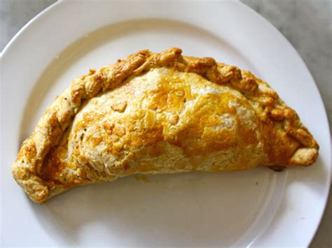pleasant house bakery we chat with chelsea jackson of pleasant house bakery s mobile pasty and pie truck